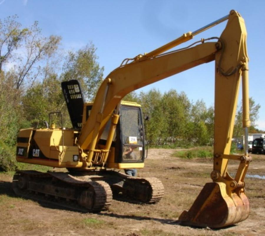 This 1996 Caterpillar 312 hydraulic excavator with 3,379 hours was sold via online bidding to a lucky buyer in Thailand for $25,000.