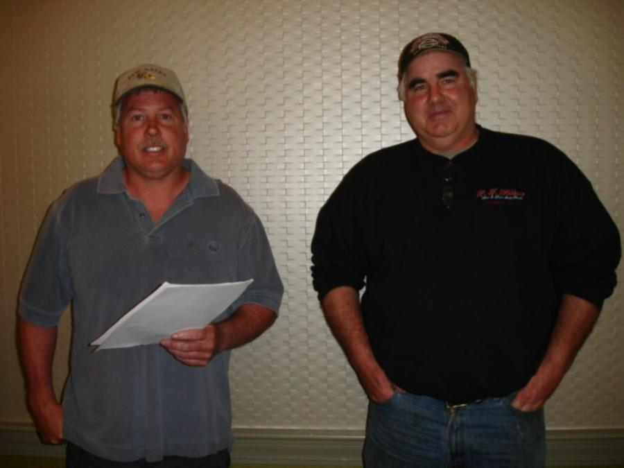 Paul Joyce (L), JAW Sales, in Hollis, N.H., and Dave Willson, R.H. Willson Inc., Pepperell, Mass., were in attendance for the live auction.