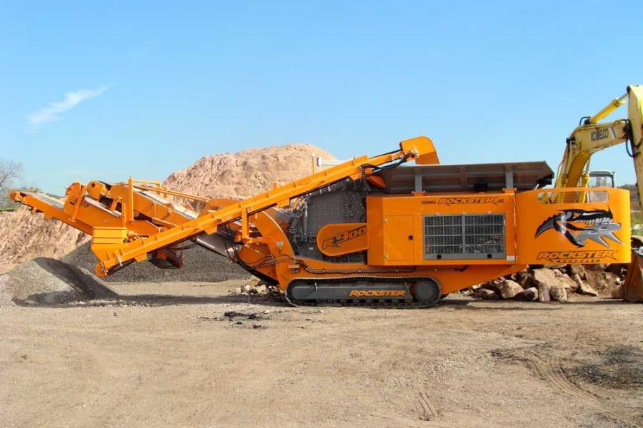 The R900 mobile track-mounted impact crusher produces approximately up to 250 tons  per hour.