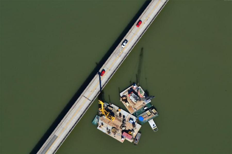 An aerial view of the barge in Lake Lanier as work began. (GDOT photo)
