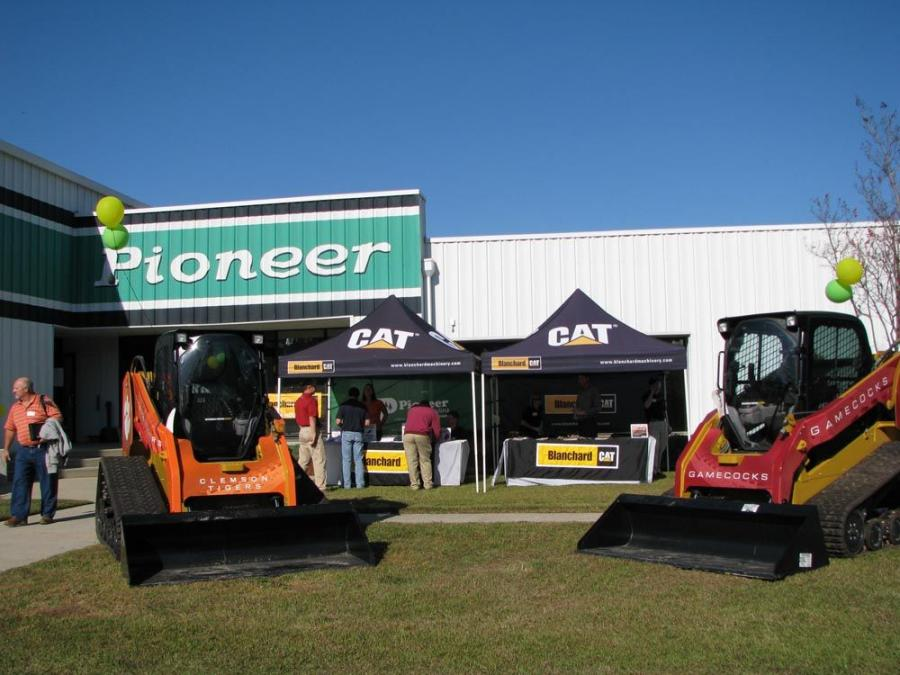 A picture perfect day and a great turnout of guests made for a successful Fan Appreciation Day at the Pioneer South Carolina branch in Lexington, S.C.