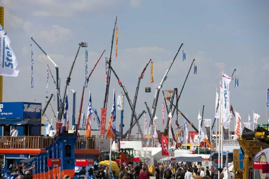 After the partial lifting of restrictions on flights April 20, visitors began pouring in to Bauma 2010.