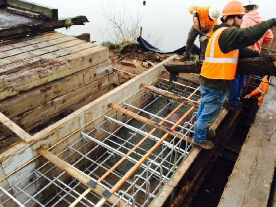 Major work is under way on two drawbridges that are some of the last of their kind in Oregon.