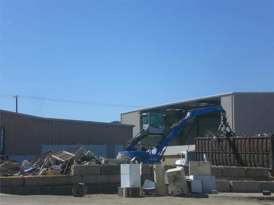 In the business of diverting material from the landfill, C&S Waste Solutions uses a Terex Fuchs MHL320 D to increase sorting and trailer loading efficiency at its transfer station.