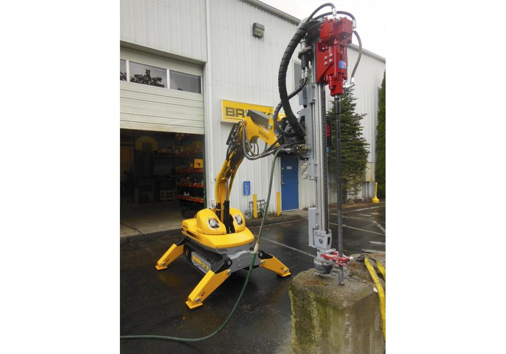Designed for the Brokk 100 or Brokk 160, the compact TE160 drill attachment delivers 35 to 60 ft.-lbs. of impact energy to drill 2-in. (5 cm) diamter holes for demolition and mining applications.