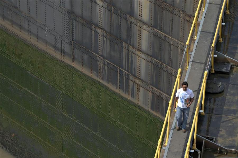 Worker on the Miraflores locks, Panama-Canal, Panama.
