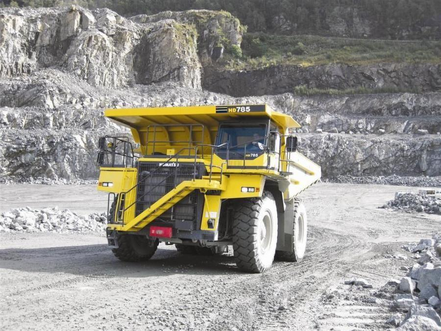 Komatsu's HD785-7 off-highway truck provides a maximum net output of 1,178 hp (878 kW).  The engine meets EPA Tier II emission regulations.