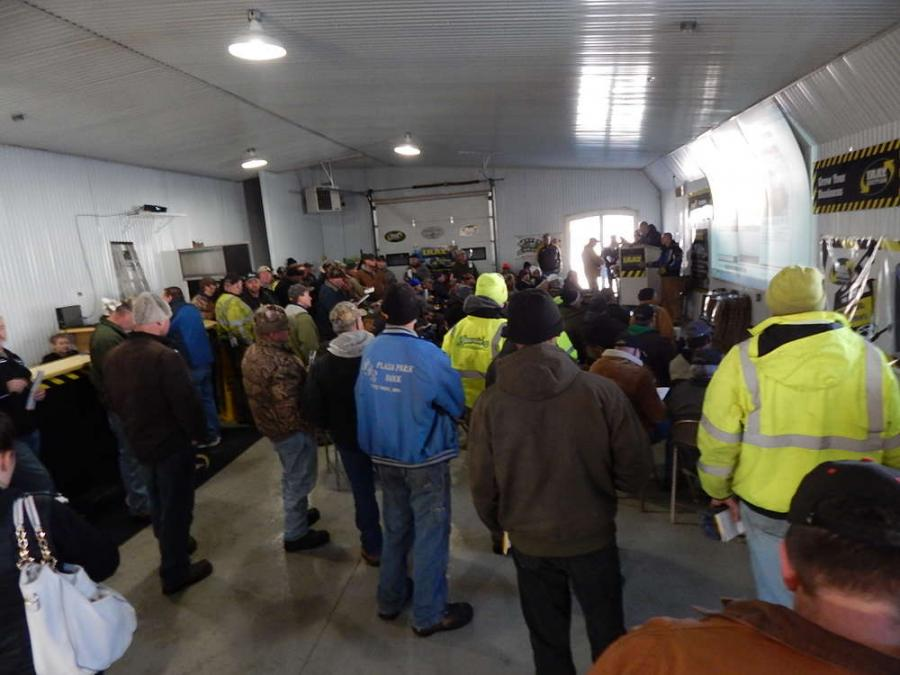 The IRAY Auction sale in Foley, Minn., attracts a crowd.