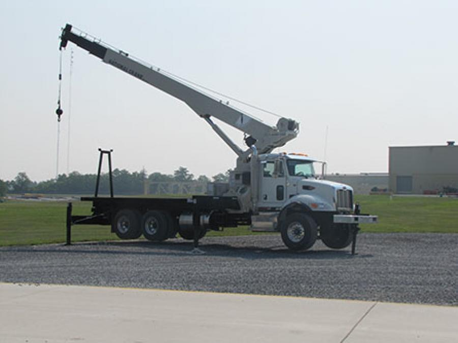 This new model is an ideal crane for the tree care industry that offers versatility and roadability, as well as an option to have the longest boom in its weight class.