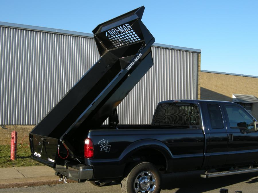 The unit has been lowered for a cleaner fit to the top and sides of the truck bed. At the same time the cubic payload capacity has increased nearly 10 percent for both models.