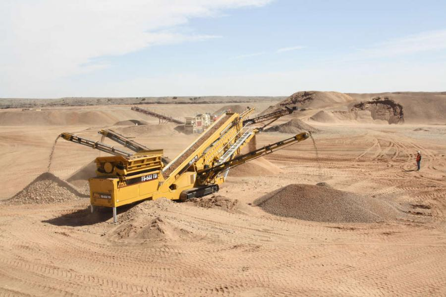 The IROCK Crushers TS-522 is suitable for medium- to large-scale operations and is ideal in applications such as recycling, sand and gravel, mining, or as a part of a crusher circuit.