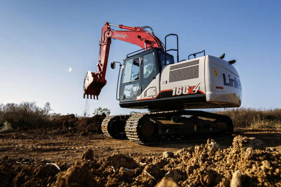 The Link-Belt 160 X4 excavator is easy to transport and nimble enough to take on a variety of tasks, such as excavating foundations, placing pipe, stockpiling overburden, utility trenching, building roads and loading trucks.