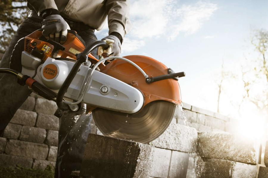 The TS 500i STIHL Cutquik increases power by 17 percent and cutting speed by 15 percent while only increasing weight by six percent, as compared to the STIHL TS 420.