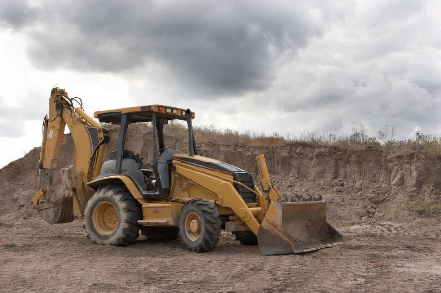 Exports of U.S.-made construction equipment ended 2015 with a 19-percent decline compared to the previous year for a total $13.9 billion shipped worldwide.