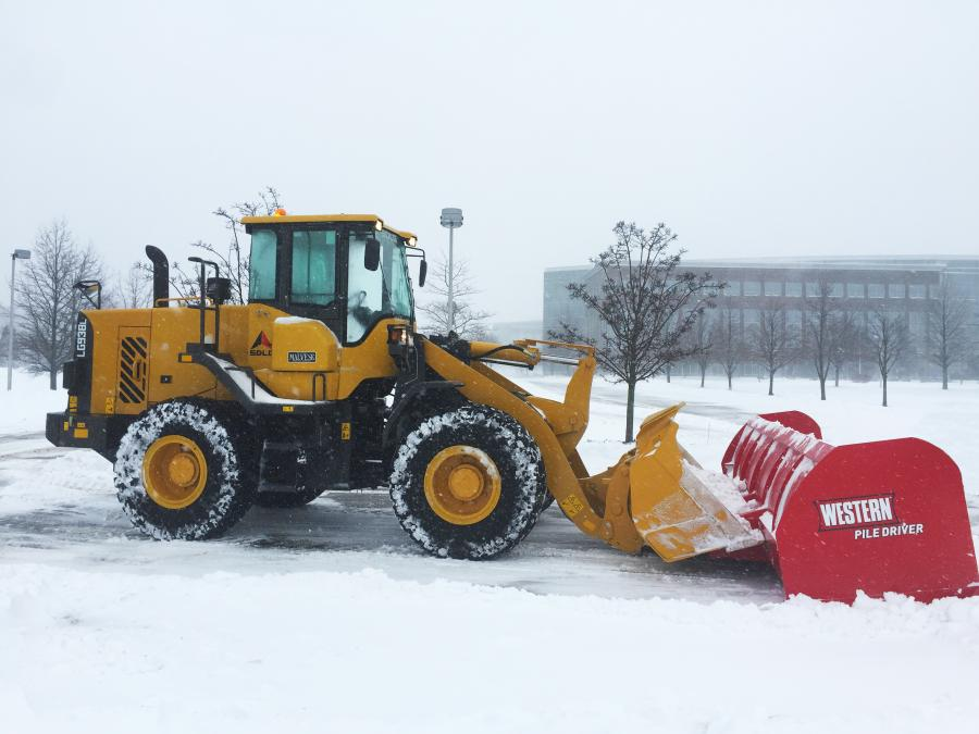 Stasi Brothers purchased three 2.5 cu. yd. (1.9 cu m) capacity SDLG LG938Ls and put them immediately to work removing snow and ice.