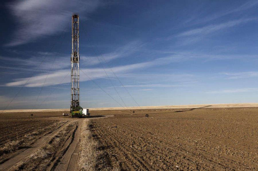 One of the nation's first commercial-level oil shale operations advanced on Thursday when the Bureau of Land Management posted a draft environmental impact statement for utility rights of way.