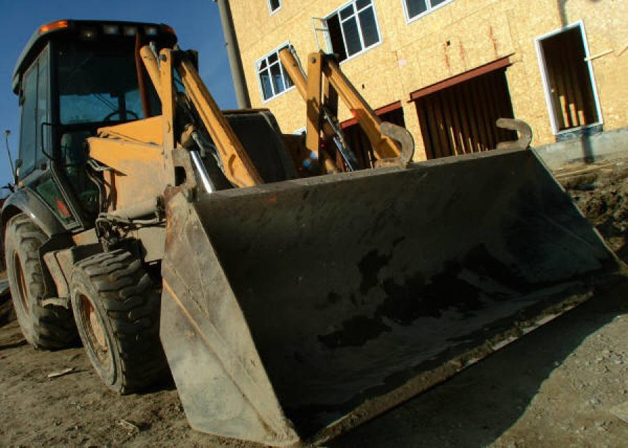 The Sioux City Journal is reporting that a former W.A. Klinger construction employee is facing forgery and first-degree theft charges for stealing multiple pieces of construction equipment and charging thousands of dollars on company credit cards.