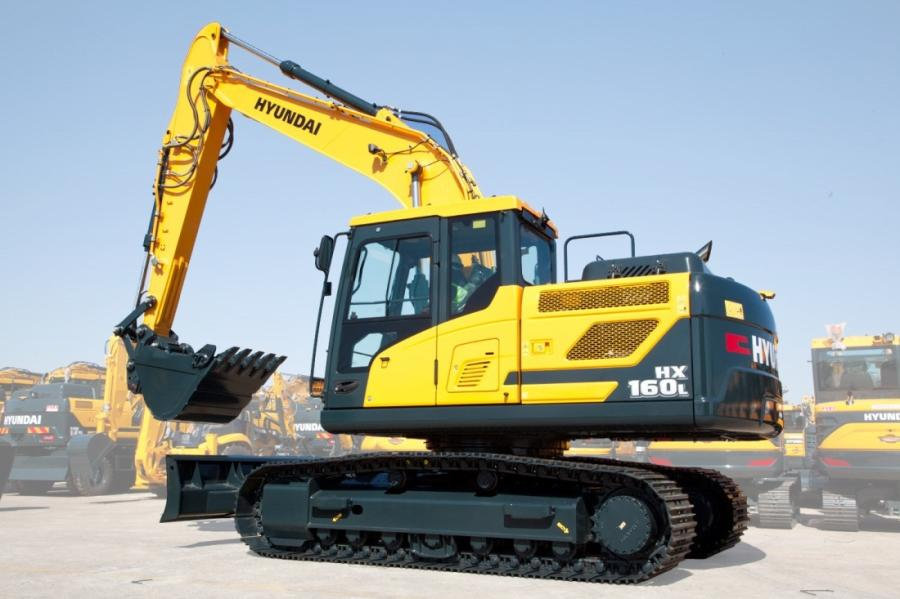 At 16 metric tons and 18 metric tons, these two machines meet the needs of customers in two of the most popular size classes for crawler excavators.