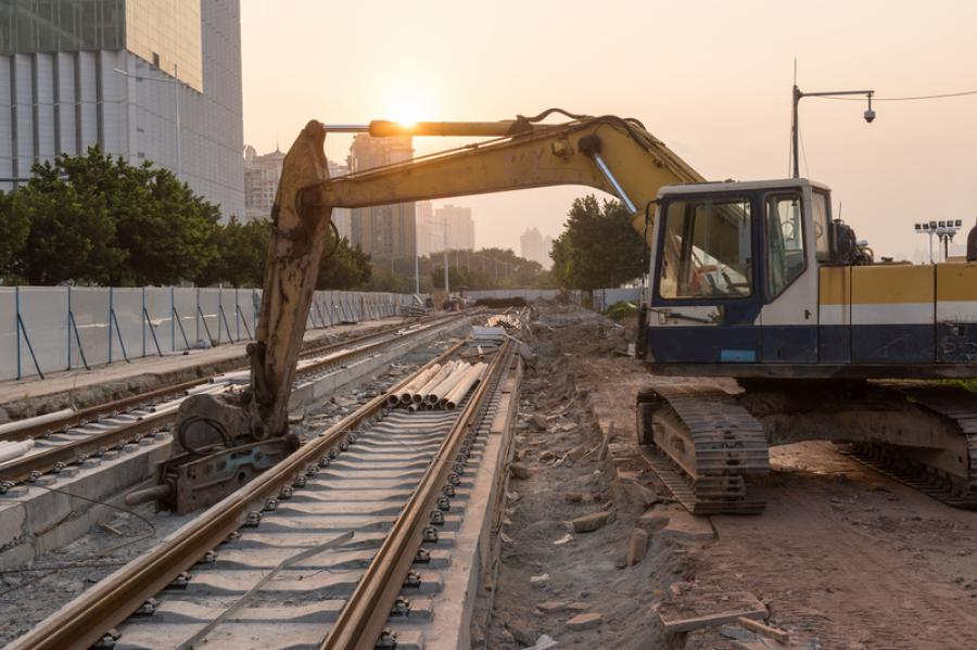 The rail project has continued to struggle with rising costs and city officials expect it to grow by up to another $800 million.