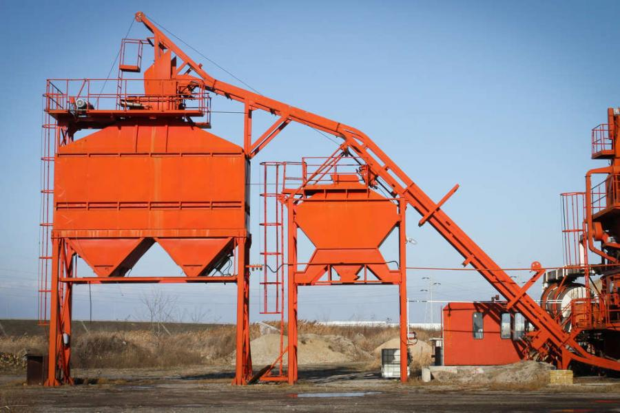 Maintaining portable crushing equipment can be challenging for producers unless organized and well-managed programs are developed and followed.