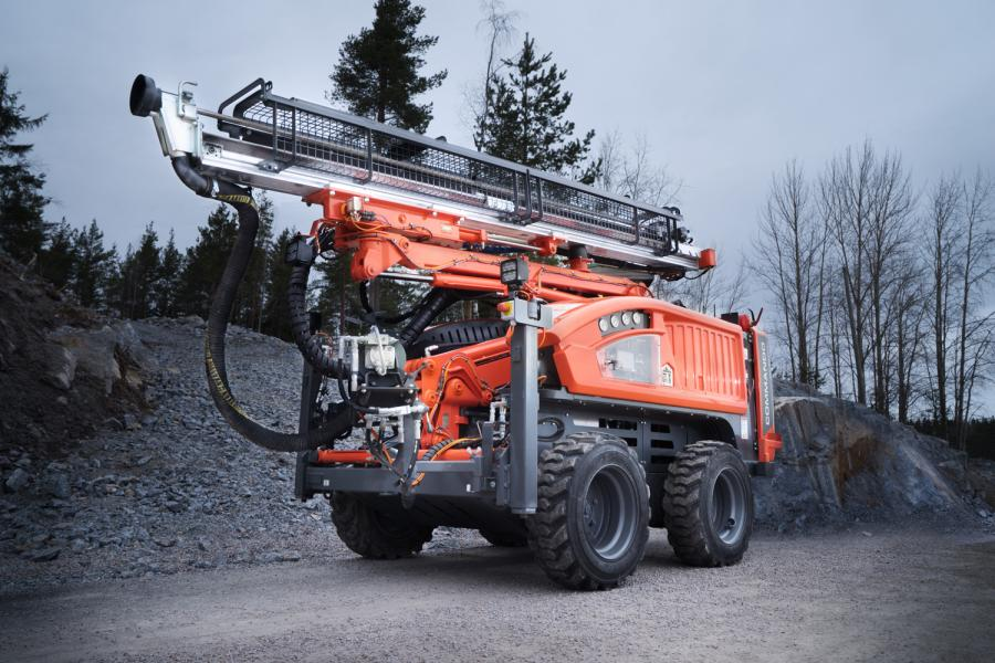 The new Commando DC130Ri – a rubber tired compact size top hammer drill rig - is the latest addition to Sandvik Construction's surface drilling product offering.