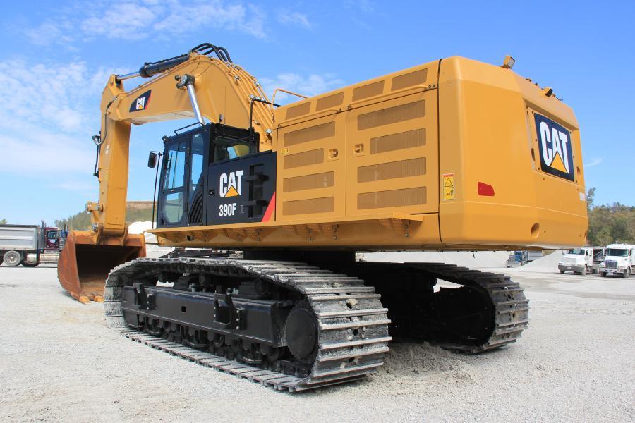 Pink Grading's new Caterpillar 390F excavator.