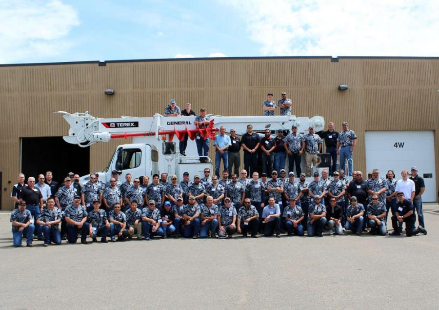 At this year's event, the Terex Service Department hosted 59 people, representing 38 utility companies.