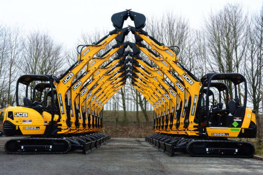 Event attendees can enjoy a pig roast, a Winter Warrior Training session, equipment displays and demonstrations, door prizes and a performance by the world-famous JCB Dancing Diggers.