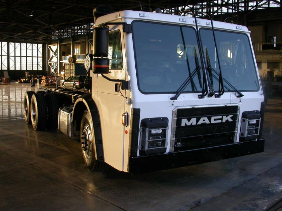 Mack is the first OEM to evaluate Wrightspeed technology within a Class 8 refuse vehicle.