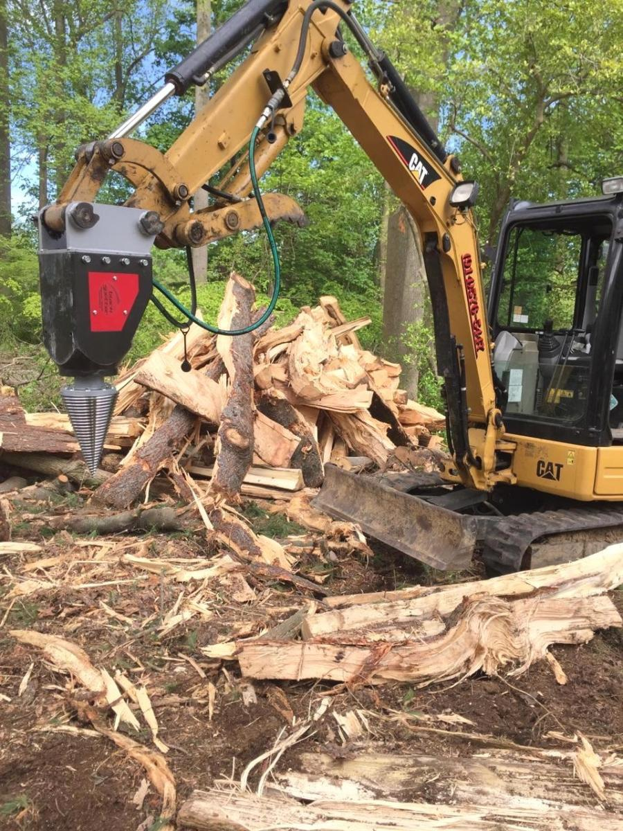 New Black Splitter dealer Timberline Landscape sold its first S2 800 wood splitting attachment to a Virginia landscape contractor.