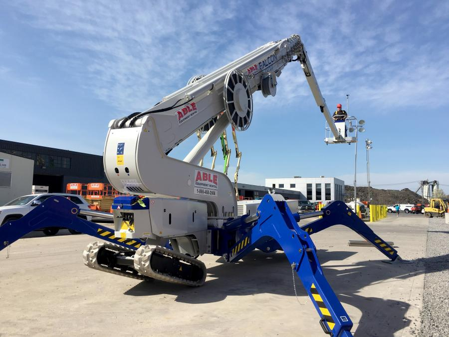 The ReachMaster Falcon FS170T boasts 170 ft. (52 m) of working height and standard double door access. The lift weighs less than 30,000 lbs. (13,607 kg) and is track based.