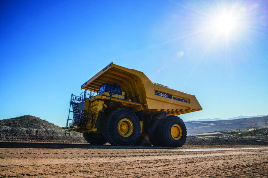 The 980E-4 provides an optimal match in large-scale mining applications with big bucket.