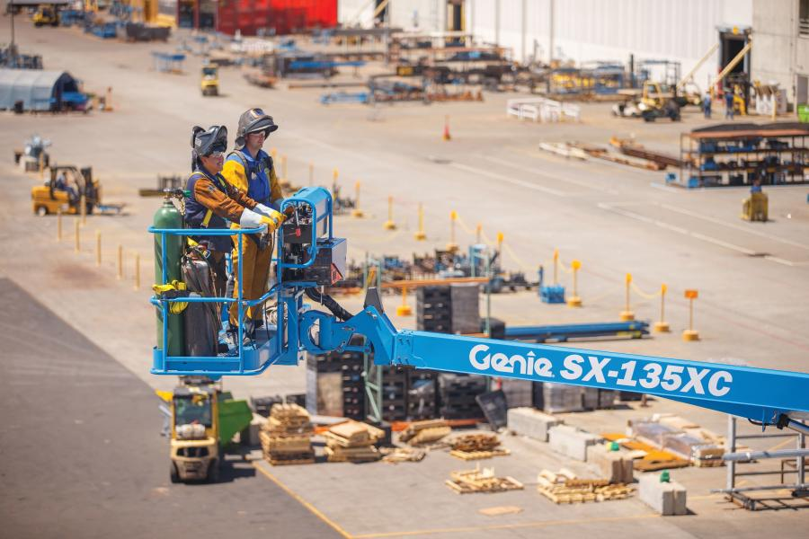 The Genie SX-135XC boom's innovative design includes a working envelope ideal for the most extreme access jobs with a working height of 141 ft (43.15 m) and a horizontal reach of 90 ft (27.43 m). That's 10 ft (3 m) more of outreach than any other self-propelled boom on the market offers.