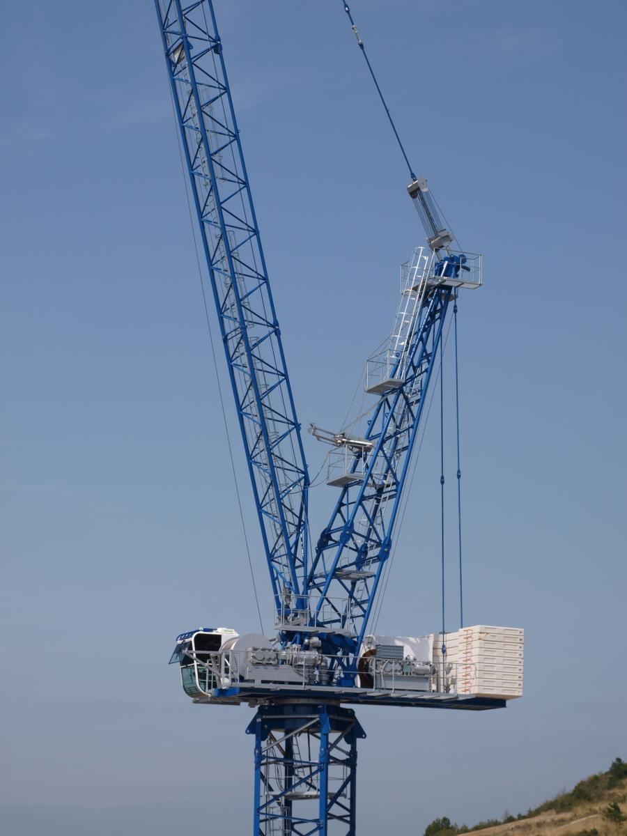 Linden Comansa LCL 310 Luffing Jib Tower Crane makes its first appearance at ConExpo.