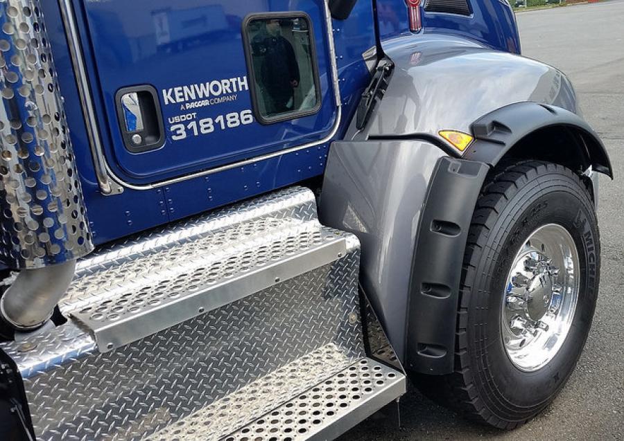 Kenworth T370 385.