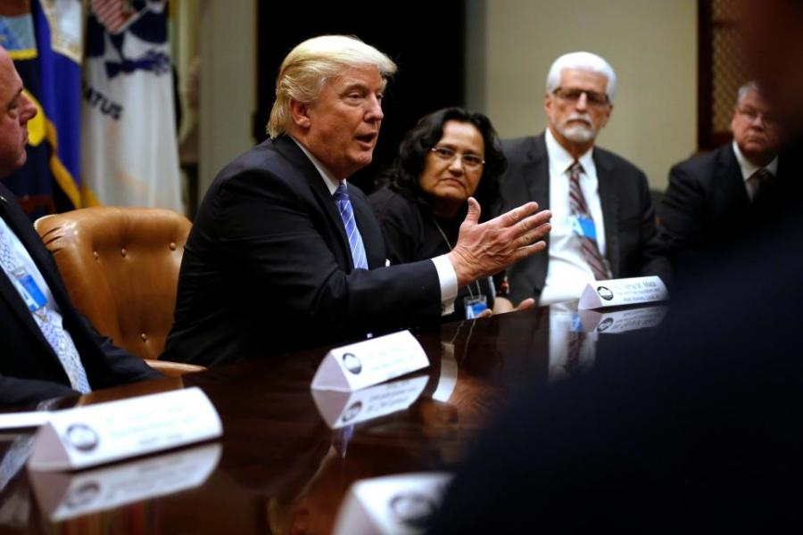 President Trump meets with union leaders. http://url.ie/11nym