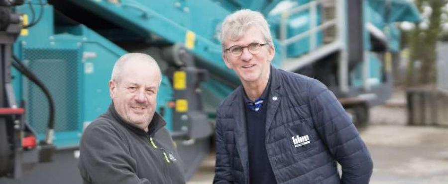 Machines from Powerscreen dealer Blue Southern have added to a firm's growing fleet of Powerscreen equipment.
