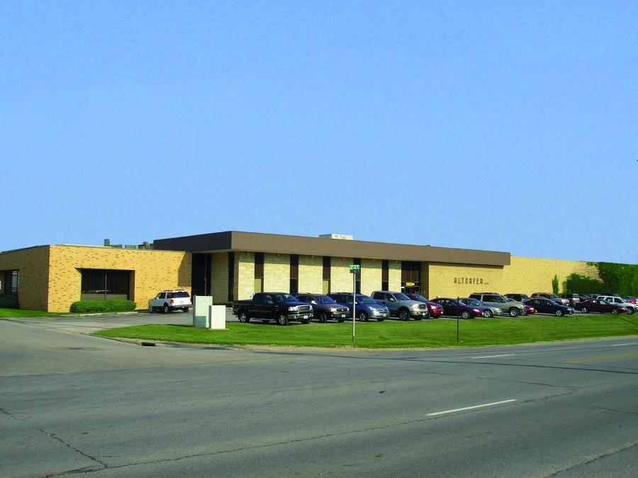 Based in Cedar Rapids, Iowa, Altorfer Inc. has served the construction since 1957.