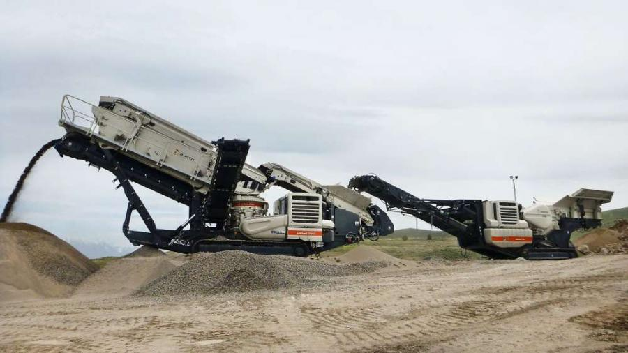 Aggregate processing machines from Metso, such as the Lokotrack LT106 feeding the Lokotrack LT220D
