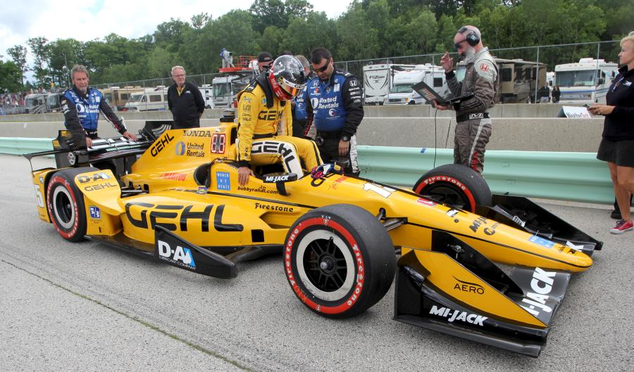 Gehl will be the primary sponsor of the Rahal Letterman Lanigan Racing (RLLR) Graham Rahal's No. 15 Honda-powered entry at the Iowa Corn 300 IndyCar Series race at the Iowa Speedway July 9th.