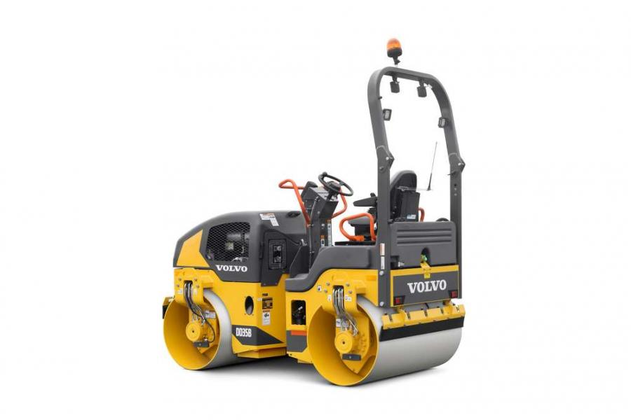 Providing up to 10 degrees of oscillation and 30 degrees of frame articulation in each direction, the DD30B and DD35B offer the versatility and stability to compact in confined areas.