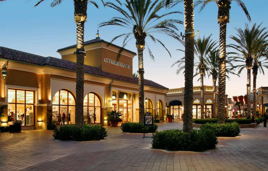While the Irvine Company, the developer behind this project, hasn't said much about the changes in store, many shops are in the process of opening, closing and relocating to elsewhere in the mall.