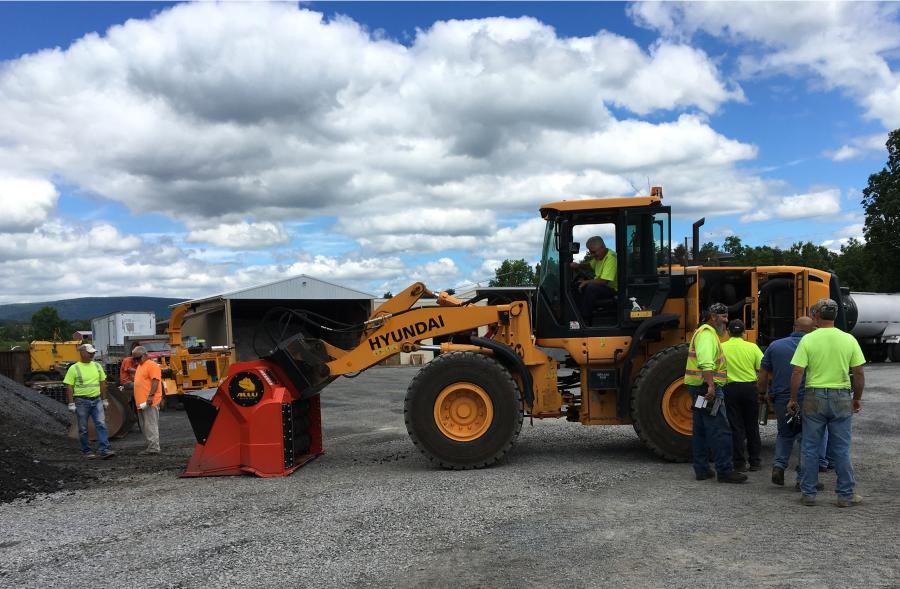 All three of PennDOT's ALLU units are DH-17-40 models, designed to quick-couple with existing wheel loaders in the agency's fleet.