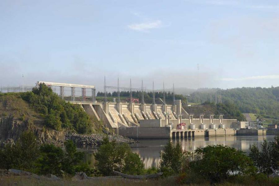 The Mactaquac Dam in New Brunswick, Canada, is just one example of the issues ASR can cause. Built in 1968, the dam was expected to serve the area for upwards of 100 years — ASR has caused its lifespan to shorten quite a bit.
