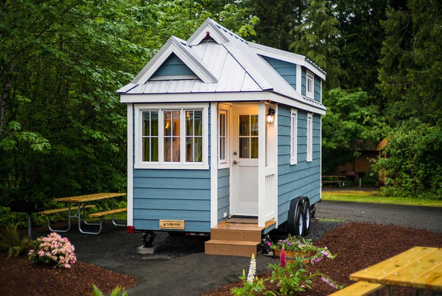 Tiny homes have become popular in the past few years for those who are looking for a more affordable, environmentally friendly and simpler lifestyle, WABI 5 reported. The homes are usually between 100 and 400 sq. ft.
