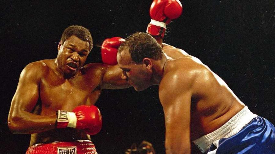 Bey's biggest fight came on the night of March 15, 1985 in Las Vegas, when he went up against Larry Holmes for the world heavyweight title.