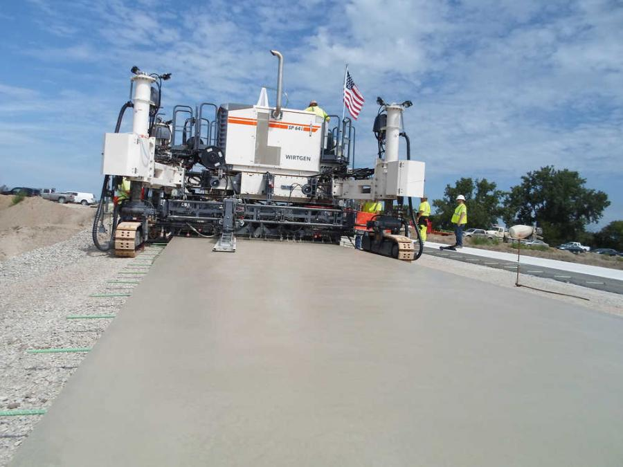 The new SP 60 series from Wirtgen offers flexible solutions for premium inset and offset concrete paving.