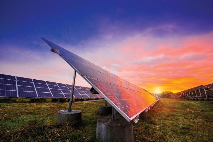 Portfolio estimates are up to 1,000 megawatts of wind, up to 700 megawatts of solar and up to 700 megawatts of natural gas. (Xcel Energy photo)