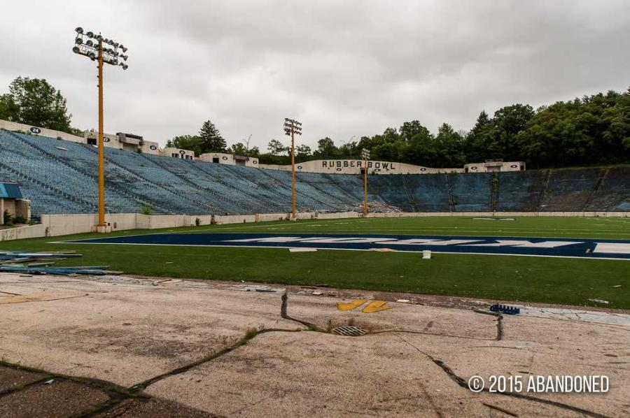 The University of Akron's former football stadium in northeast Ohio is moving closer to demolition that could cost the city hundreds of thousands of dollars. (Sherman Cahal photo)