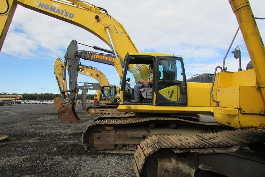 Sheldon Weaver, Weaver Equipment Sales, Milton, Pa., operates this Komatsu PC300 LC at the North East, Md., auction.